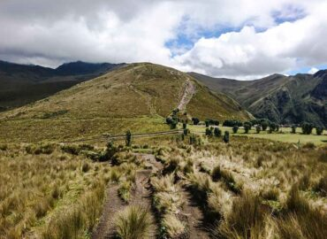 Trail to the Ruco Pichincha